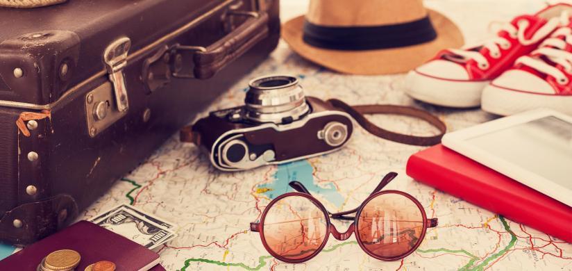 Top 20 des indispensables à mettre dans sa valise pour un courtséjour.